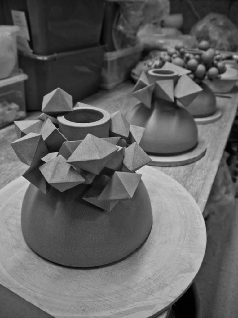Diamond Magma series pots